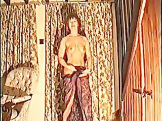 yvonne dances naked