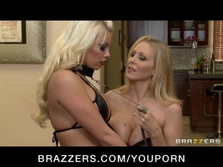 big-tit d like to fuck pornstar julia ann fucks